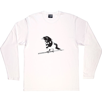 Magpie White Long-Sleeved Men's T-Shirt. A Geordie Magpie wearing a black and white bar scarf.